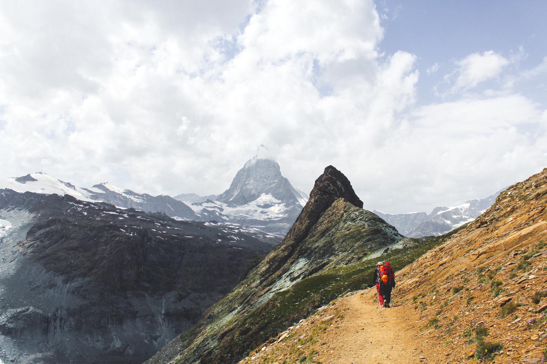 Zadnja slika Matterhorna i mini stijene koja se fura na njega