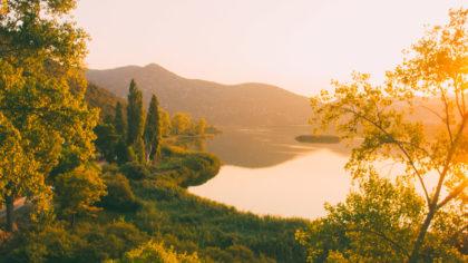 morning-bacina-lakes