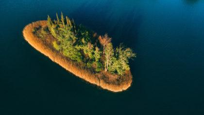 island-of-love-on-bacina-lakes