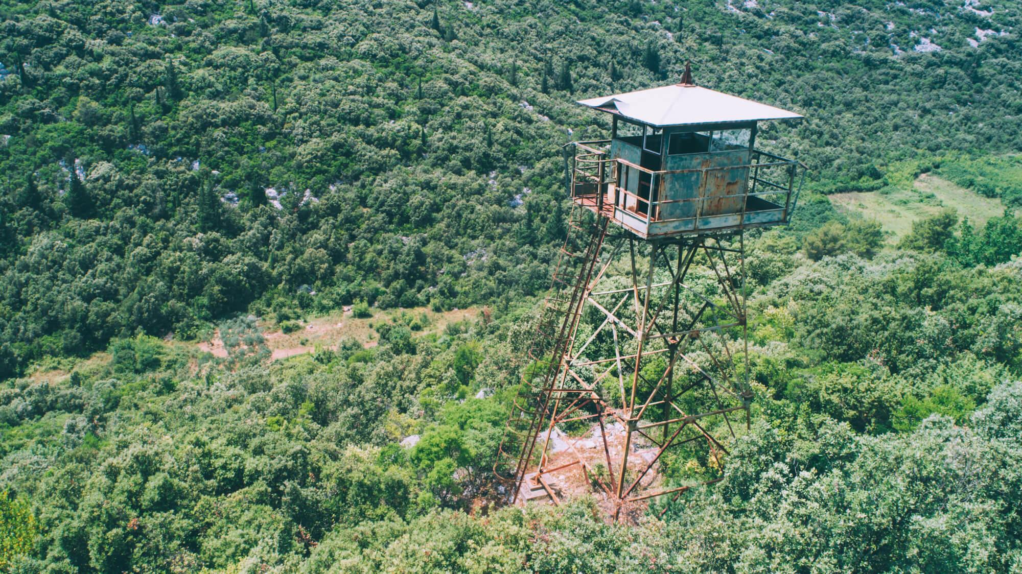 abandoned-watchtower-in-croatia