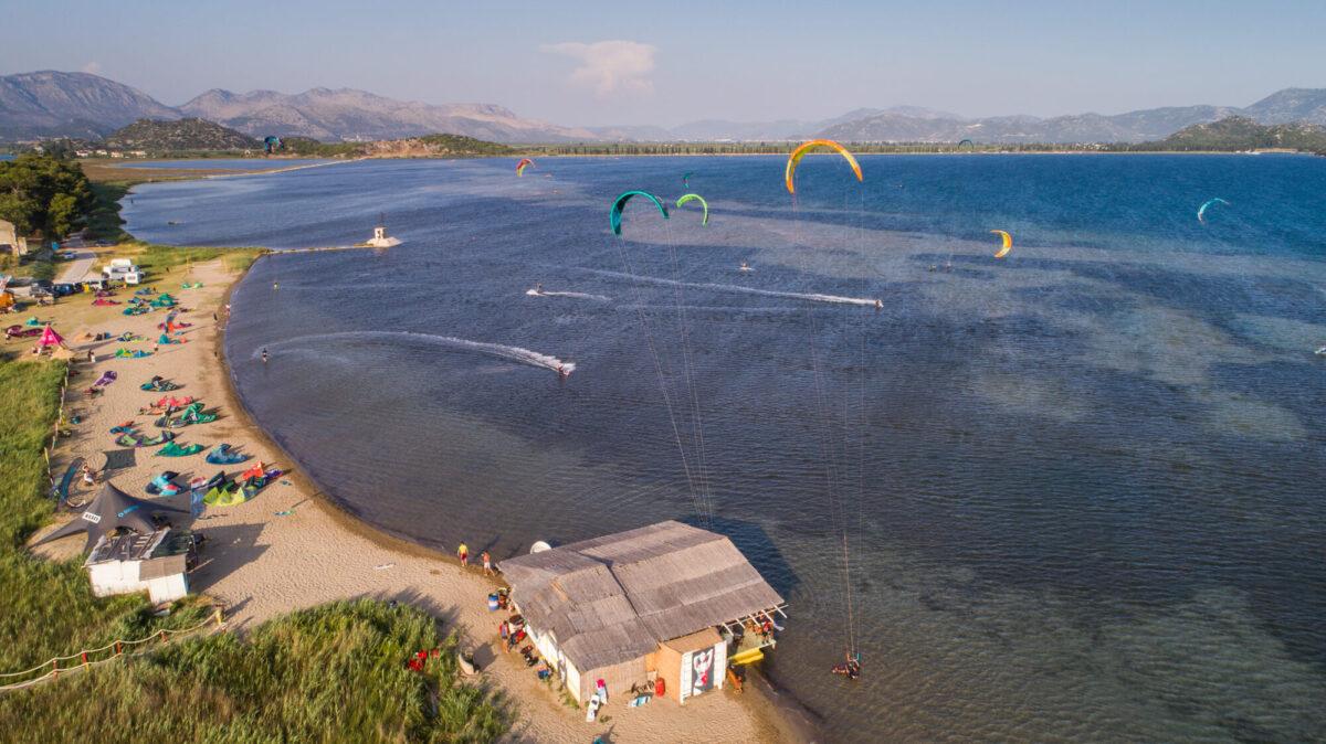 kitesurfing_on_neretva_delta