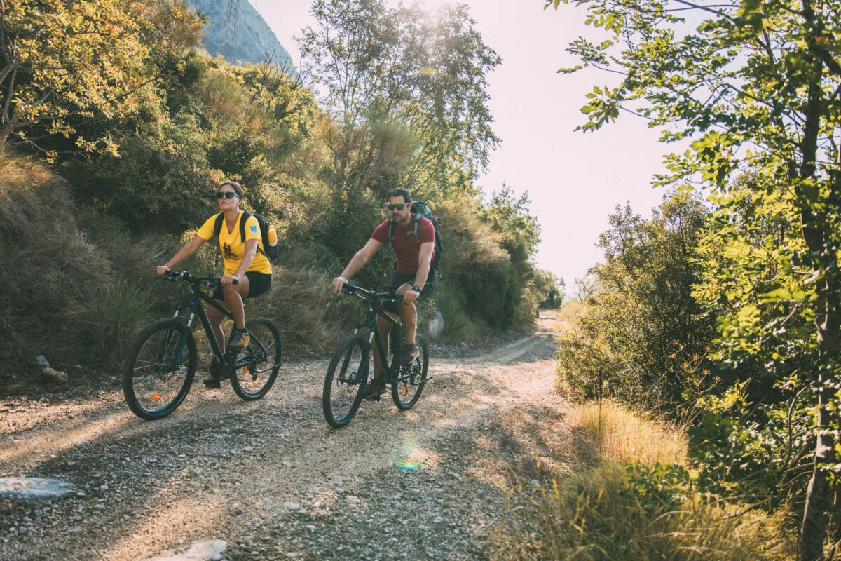 cycling_through_old_villages_in_gradac_area