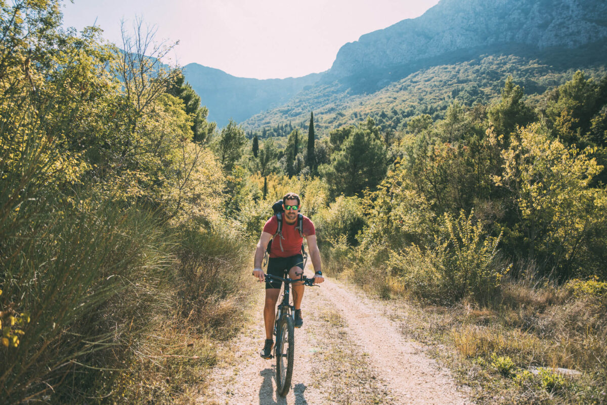 cyling_in_gradac_area