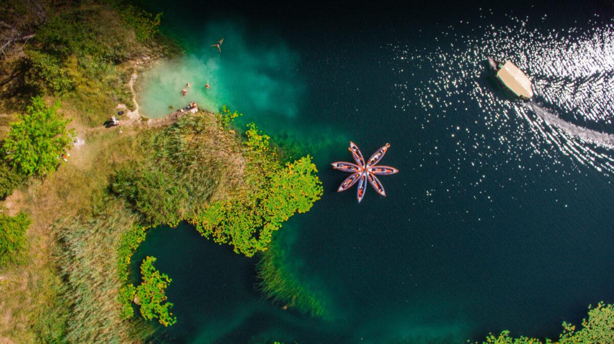 Bacina_lakes_kayaking