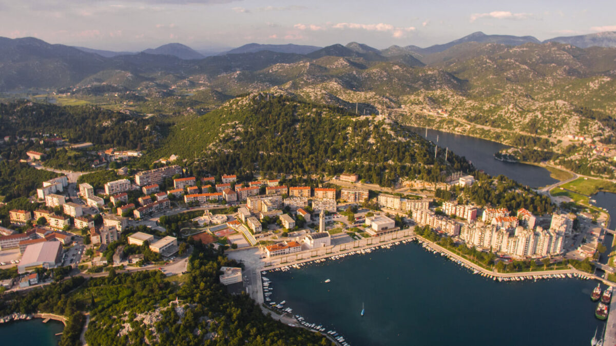 things to do in ploce